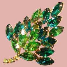 Fabulous GREEN NAVETTE Aurora Rhinestone Vintage Brooch