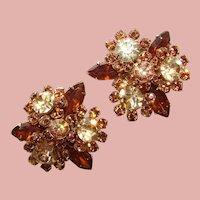 Fabulous TOPAZ BROWN Color Change Rhinestone Vintage Clip Earrings