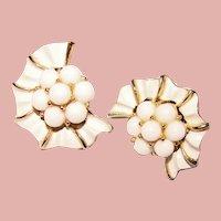 Gorgeous TRIFARI Signed White Color Vintage Clip Earrings