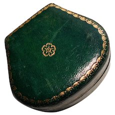 Gorgeous Green Presentation Jewelry Box - Velvet Inside - Trinket Box
