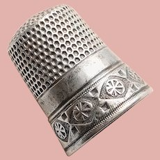 Antique Sterling Flower in Diamond Shape Design Sewing Thimble - Simon Bros - Size 8