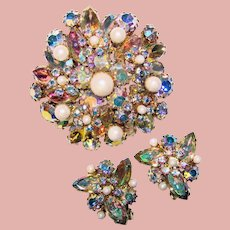 Fabulous Colorful AURORA & Faux Pearl Vintage Rhinestone Brooch Set