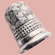 Antique 1907 Sterling Flower Design Sewing Thimble - Chester