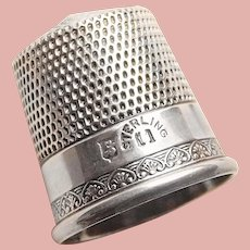 Antique Sterling Fancy Edge Pattern Sewing Thimble - Simon Bros - Size 11