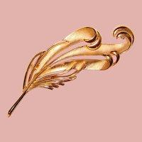 Gorgeous TRIFARI Textured Feather Design Vintage Brooch