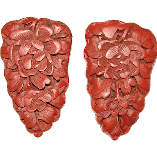 Fabulous CINNABAR Carved Red Lacquer Vintage Dress Clips