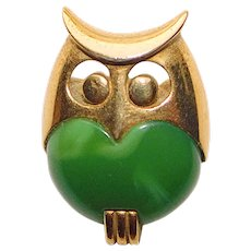 Tiny TRIFARI Lucite Belly Owl Brooch