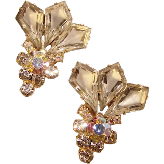 Fabulous D&E Juliana Kite Shape Vintage Rhinestone Earrings
