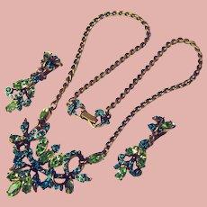 Fabulous HOLLYCRAFT Green Rhinestone Necklace & Dangle Earrings Set