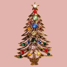 Fabulous HOLLYCRAFT Rhinestone Christmas Tree Vintage Brooch