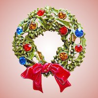 Vintage CHRISTMAS WREATH Signed Art Pin Brooch