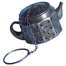 Vintage Sterling Tea Strainer - Fun Figural Tea Pot Shape