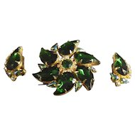 Magnificent Huge Paisley Shaped Emerald Green Colored Rhinestone Brooch & Earrings