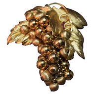 FABULOUS Vintage Napier Figural Dangling Bunch of Grapes & Leaves Brooch! STUNNING!