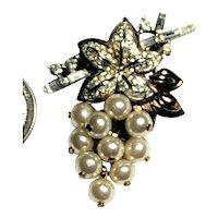 Crown Trifari Faux Pearl Dangle Grape Designed Brooch Rhinestone Leaf & Stem