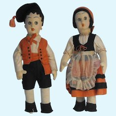 Pair 'Surprised Eyes' Fiori Felt Mascotte Size Dolls in Regional Italian Costumes