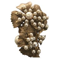 Vintage Signed Miriam Haskell Faux Pearl Gilt Brooch
