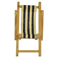 "German Wooden Folding Lawn Chair, 3"" tall"