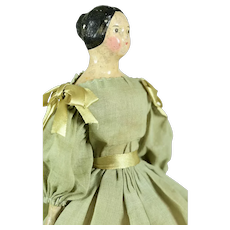 "Milliners' Model, Center Part w/ Molded Bun, 10"" tall"