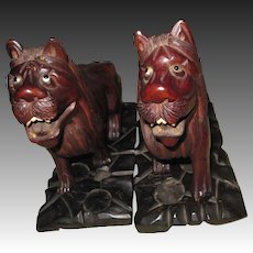 Magnificent wood Hand carved Foo LIONS  Book Ends Free P&I US Buyers