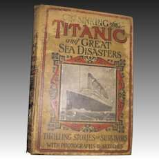 1912 The Sinking of the Titanic w/ Photos & Sketches Free P&I US Buyers