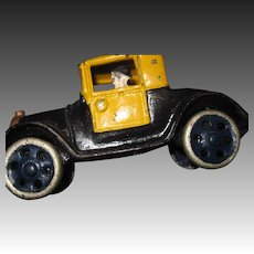 """5"""" 1920'S  Cast Iron Toy Taxi Car Fee P&I US Buyers"""