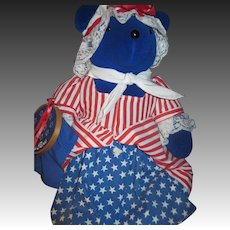 1990 North American Bear Betsy Ross VIB Free P&I  US Buyers!