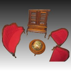 Group of Miniture Doll  House Furniture Free P&I US Buyers