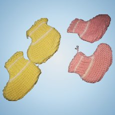 """2"""" Vintage knit booties for Tiny Tears Doll & Friends free P&I US Buyers"""
