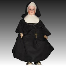"Amazing 20"" AM 370  German  NUN doll Free P&I US Buyers"