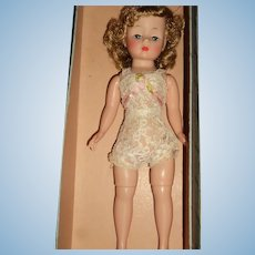 Madame Alexander Cissette doll w/box free p&i US Buyers