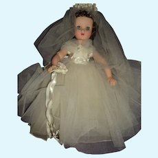 Exquisite Elise Madame Alexander brunette bride doll Free P&I US buyers