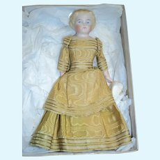 """Beautiful 7"""" Doll House Doll Project Free p&I US  buyers"""