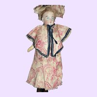 "7"" Stylish Victorian Doll house doll"