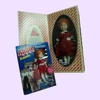 TWO Mib Annie dolls Kickerbocker & Porcelain Applause Free P&I US Buyers