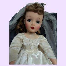 BE U T Ful  Miss Revlon Ideal  Bride doll  in MA Elise dress    Free P&I US Buyers
