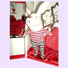 Madame Alexander Olivia doll/pig FAO Schwarz Free P&I US Buyers