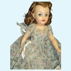 Miss Revlon Vt 20 Doll Free P&I U S Buyers
