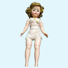 Lovely Madame Alexander Cissette Doll free P&I US Buyers