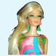 Twist N Turn Swirly Cue Barbie doll Free P&I US Buyers