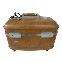 Honey Brown American Tourister Make Up Train Case