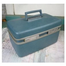 Samsonite Royal Traveller Medalist Make Up Train Case