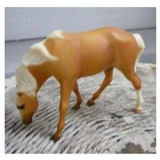 Breyer Pirro Palomino Classic Model Horse