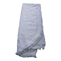 Bates White Colonial Style Hobnail Fringed Bedspread
