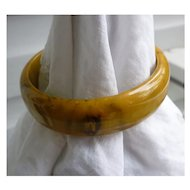 Marvelous Mississippi Mud Vintage Bakelite Bangle Bracelet