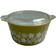 Spring Blossom Green Pyrex Cinderella 1 Quart Casserole Dish with Lid 473