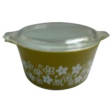 Spring Blossom Green Pyrex Cinderella 1 Quart Casserole Dish with Lid 473