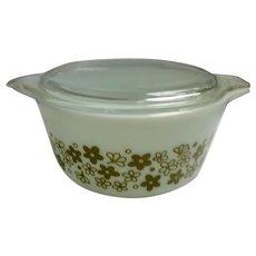 Spring Blossom Green Pyrex Cinderella 1 1/2 Quart Casserole Dish with Lid 474-B
