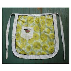 Yellow White Daisies with Watermelon X Stitch Pocket with Gingham Back Vintage Apron