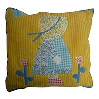 Sweet Sun Bonnet Sue Little Pillow